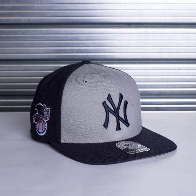 '47 MLB NEW YORK YANKEES SURE SHOT ACCENT CAPTAIN SNAPBACK CAP