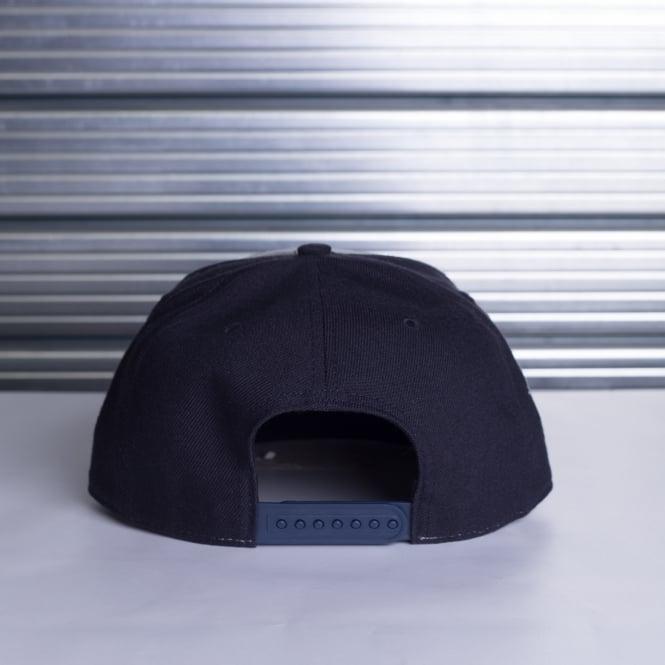 buy popular 1c346 8fb2c MLB NEW YORK YANKEES SURE SHOT ACCENT   039 47 CAPTAIN SNAPBACK CAP