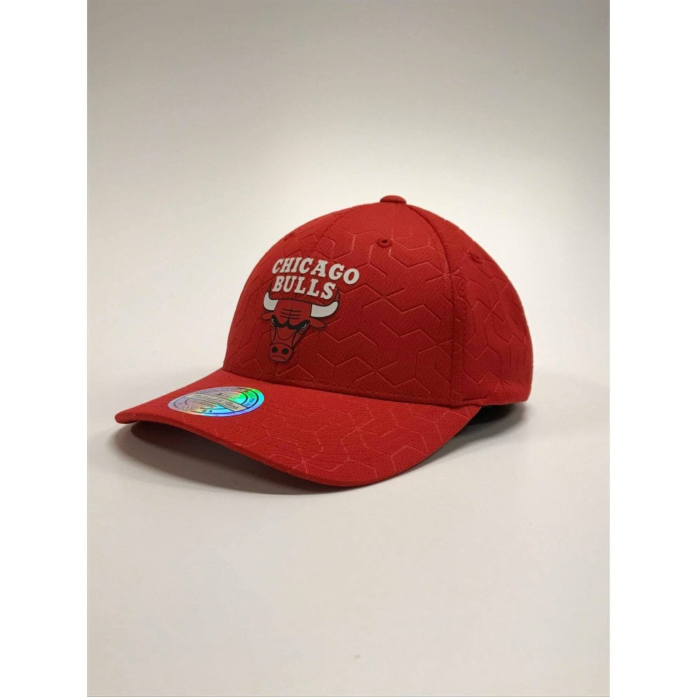 6499f4bf8ae Mitchell   Ness NBA Chicago Bulls Debossed Stretch Snapback ...