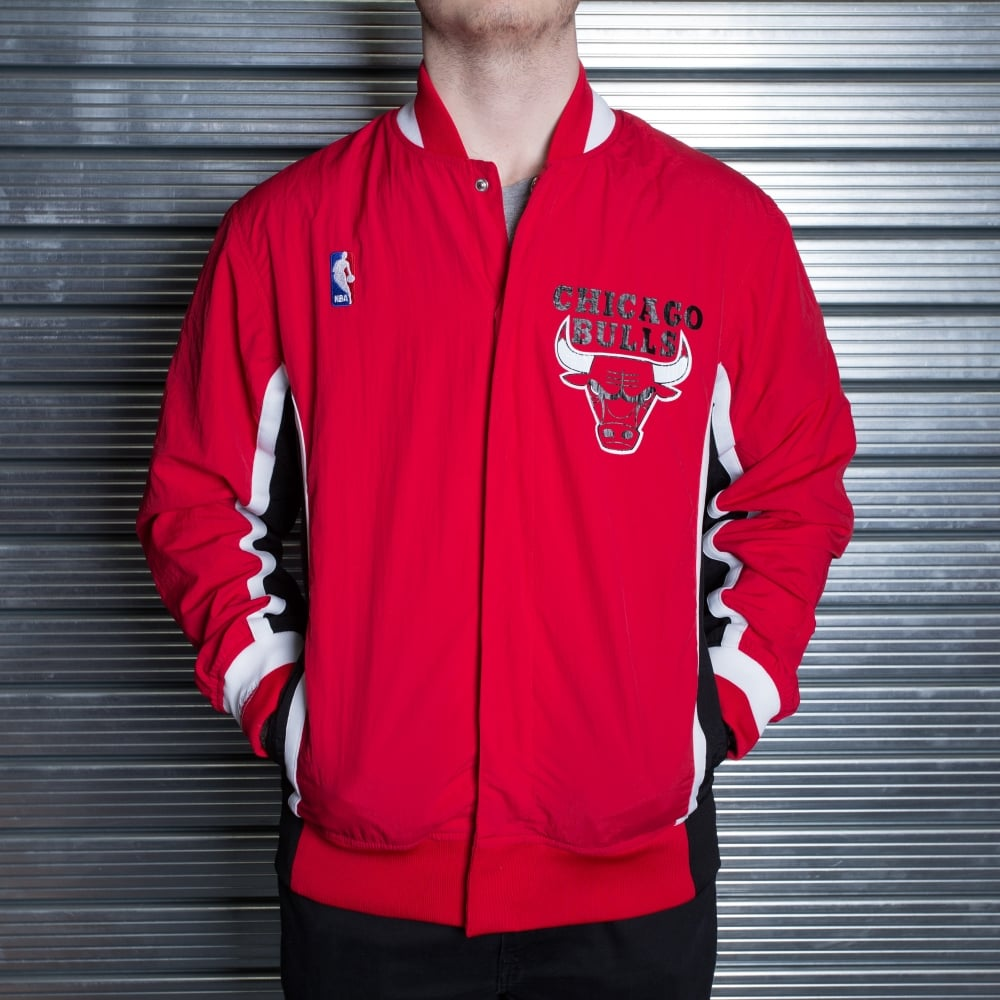 on sale 78bc2 481cc NBA Chicago Bulls Red 1992-93 Authentic Warm Up Jacket