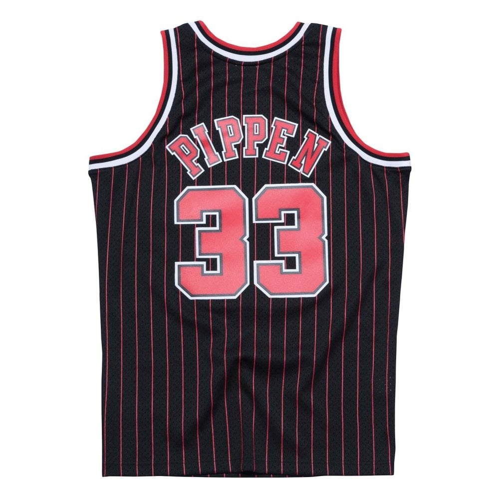 f08f9a82112 NBA Chicago Bulls Scottie Pippen 1995-96 Swingman Jersey Black Pinstripe