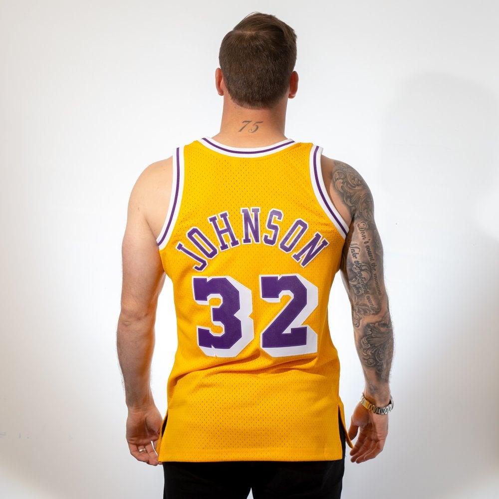 359a466a95a Mitchell & Ness NBA Los Angeles Lakers Magic Johnson 1984-85 ...