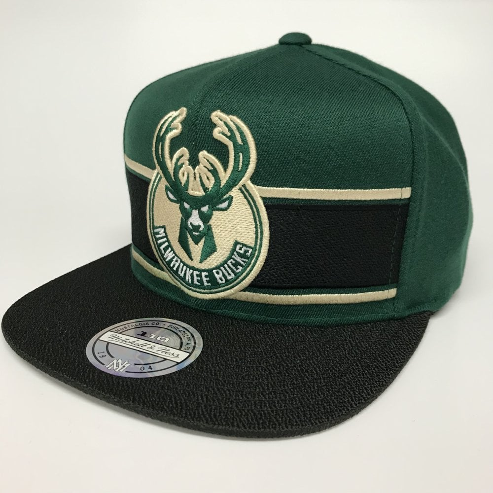 31e08feb1 NBA Milwaukee Bucks Eredita Snapback Cap
