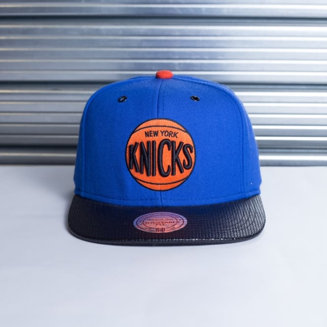 Mitchell & Ness NBA New York Knicks Fibre Snapback
