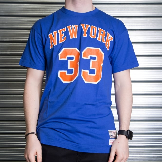 Mitchell & Ness NBA New York Knicks Patrick Ewing Player Name & Number T-Shirt