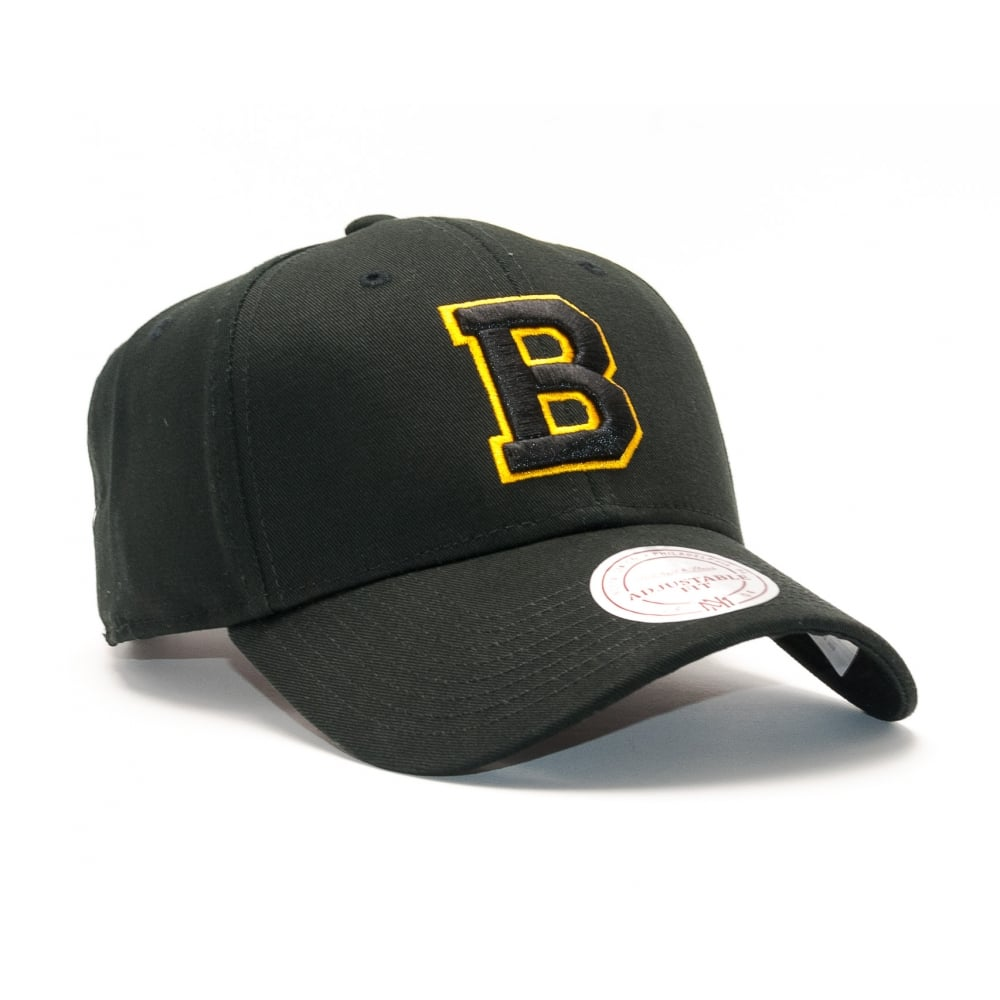 a4f2c23d936 Mitchell   Ness NHL Boston Bruins Team Logo Low Profile Strapback ...