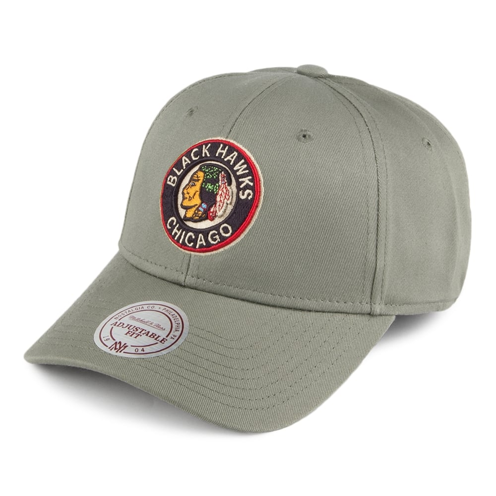 Mitchell   Ness NHL Chicago Blackhawks Team Logo Low Profile Olive ... 3a63ee547