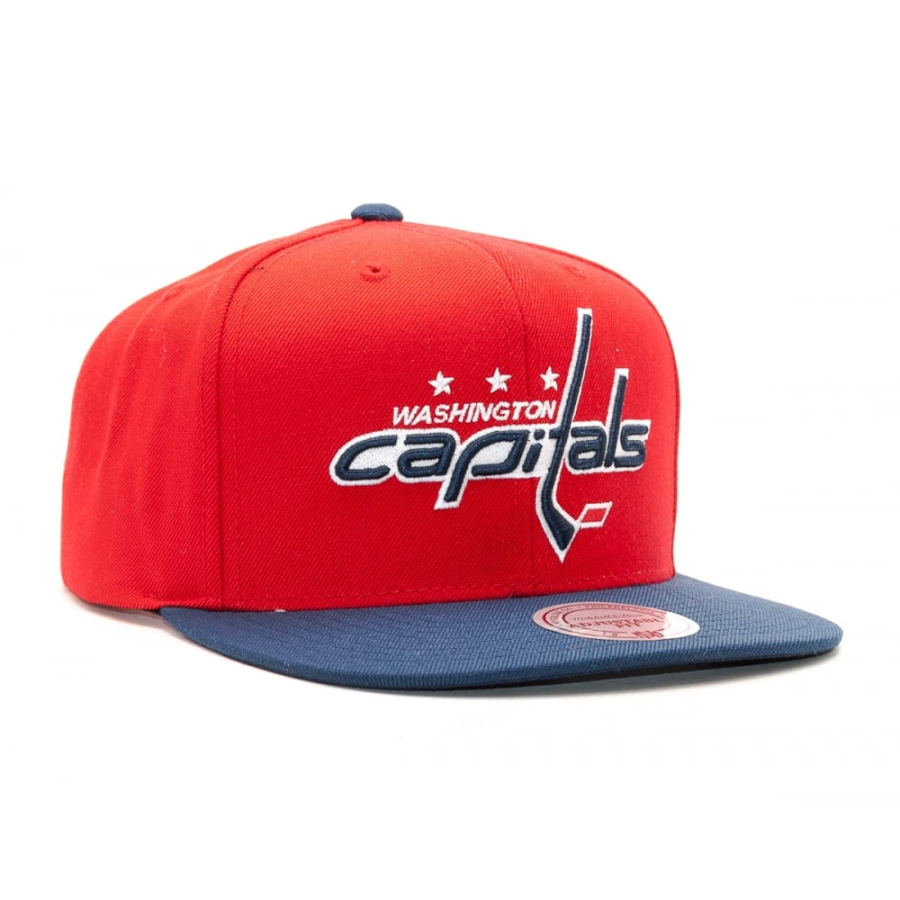 Mitchell   Ness NHL Washington Capitals 2017 Snapback Cap - Headwear ... 69e3d792b23