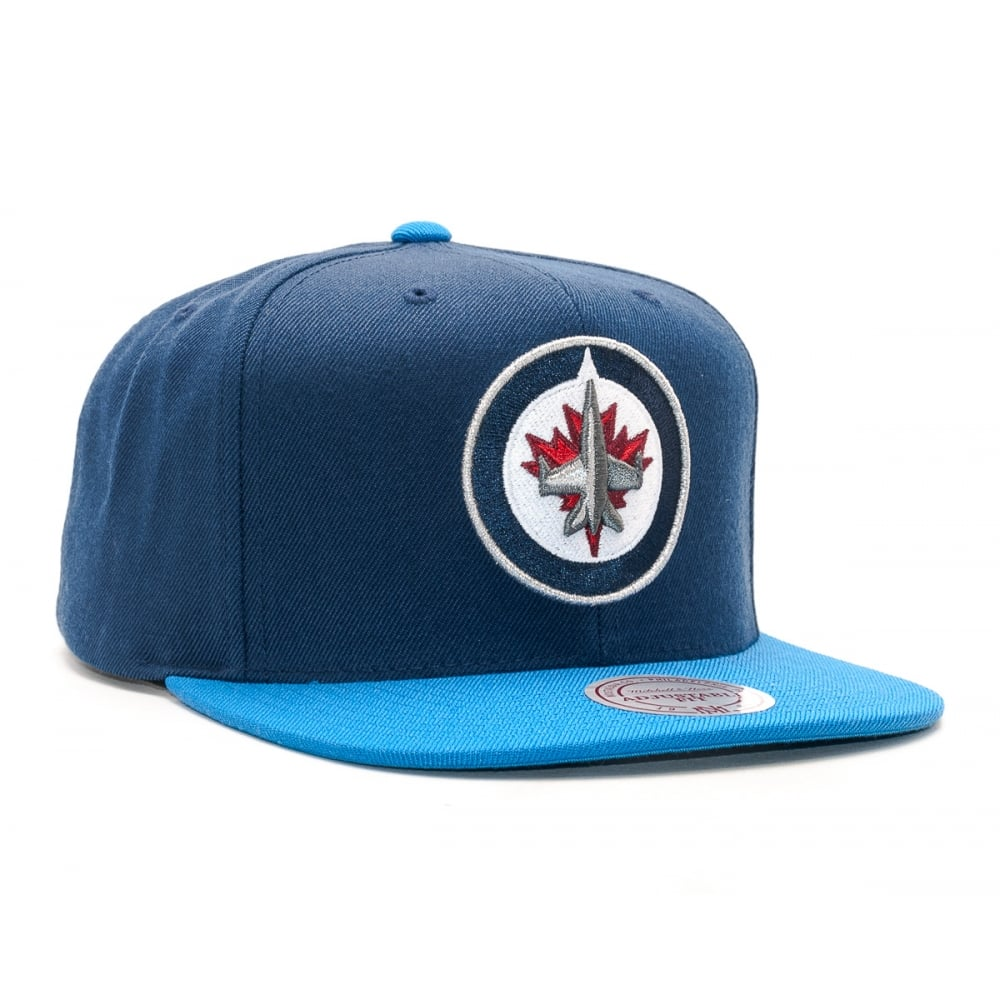 Mitchell   Ness NHL Winnipeg Jets 2017 Snapback Cap - Headwear from ... 96e53a81404