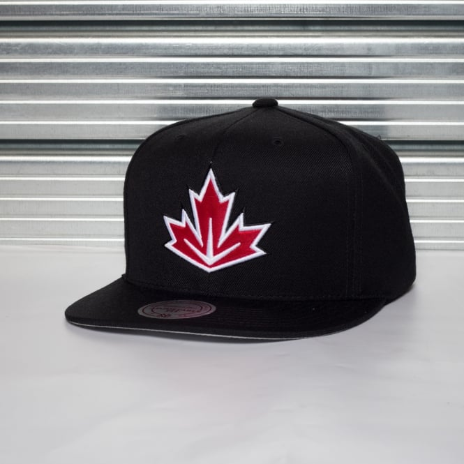 Mitchell & Ness World Cup Of Hockey Team Canada Black Adjustable Snapback