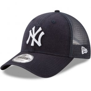 separation shoes 64c12 4ffbc MLB New York Yankees Washed Trucker 9Forty Adjustable Cap
