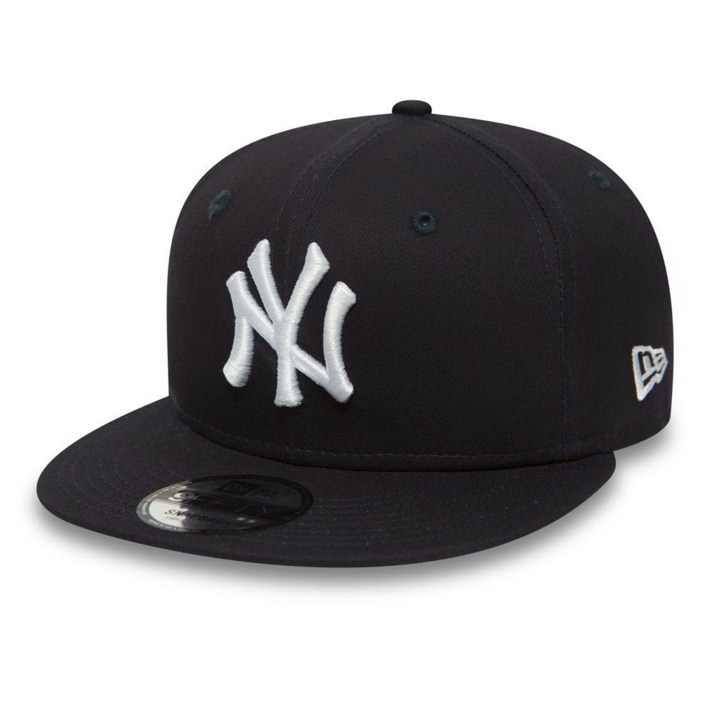 New Era MLB New York Yankees Essential Team 9Fifty Snapback Cap ... 39c432374d7