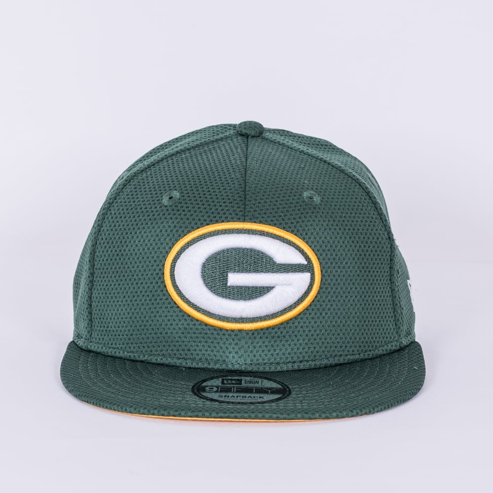 fa5978ee0f9 New Era NFL Green Bay Packers Training Mesh 9Fifty Snapback Cap ...