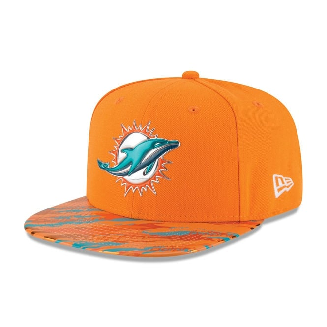 New Era NFL Miami Dolphins 9Fifty Colour Rush On Field Original Fit Snapback Cap