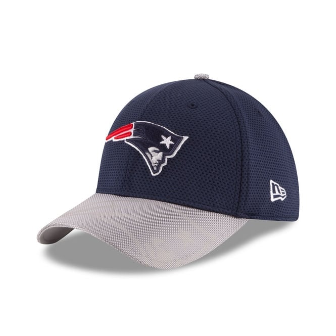 New Era NFL New England Patriots 39Thirty Sideline Cap