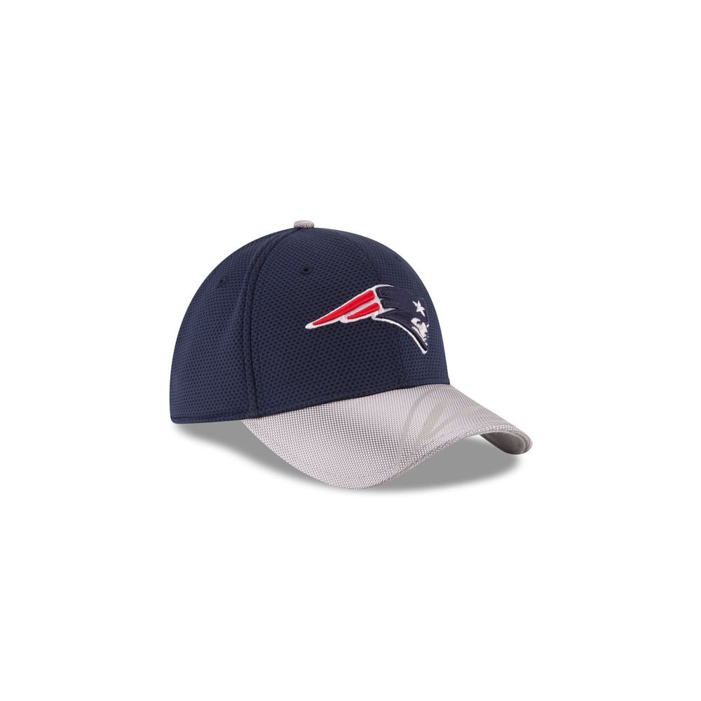 f908f15fa2d New Era NFL New England Patriots 39Thirty Sideline Cap - Teams from ...