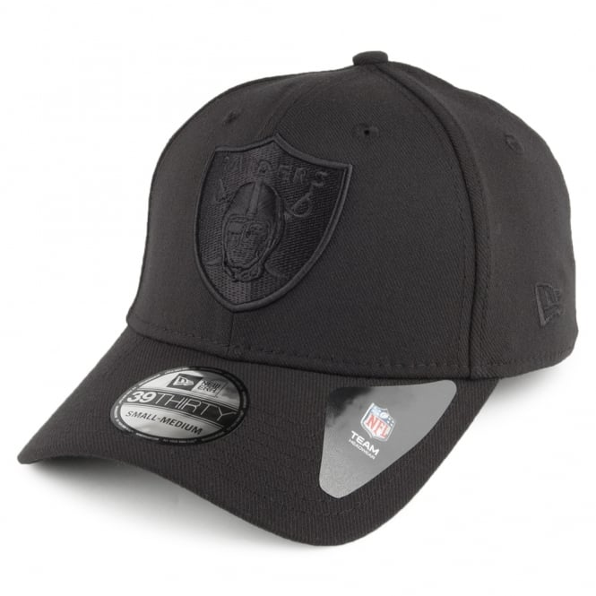 New Era NFL Oakland Raiders Black On Black Poly 39Thirty Stretch Fit Cap