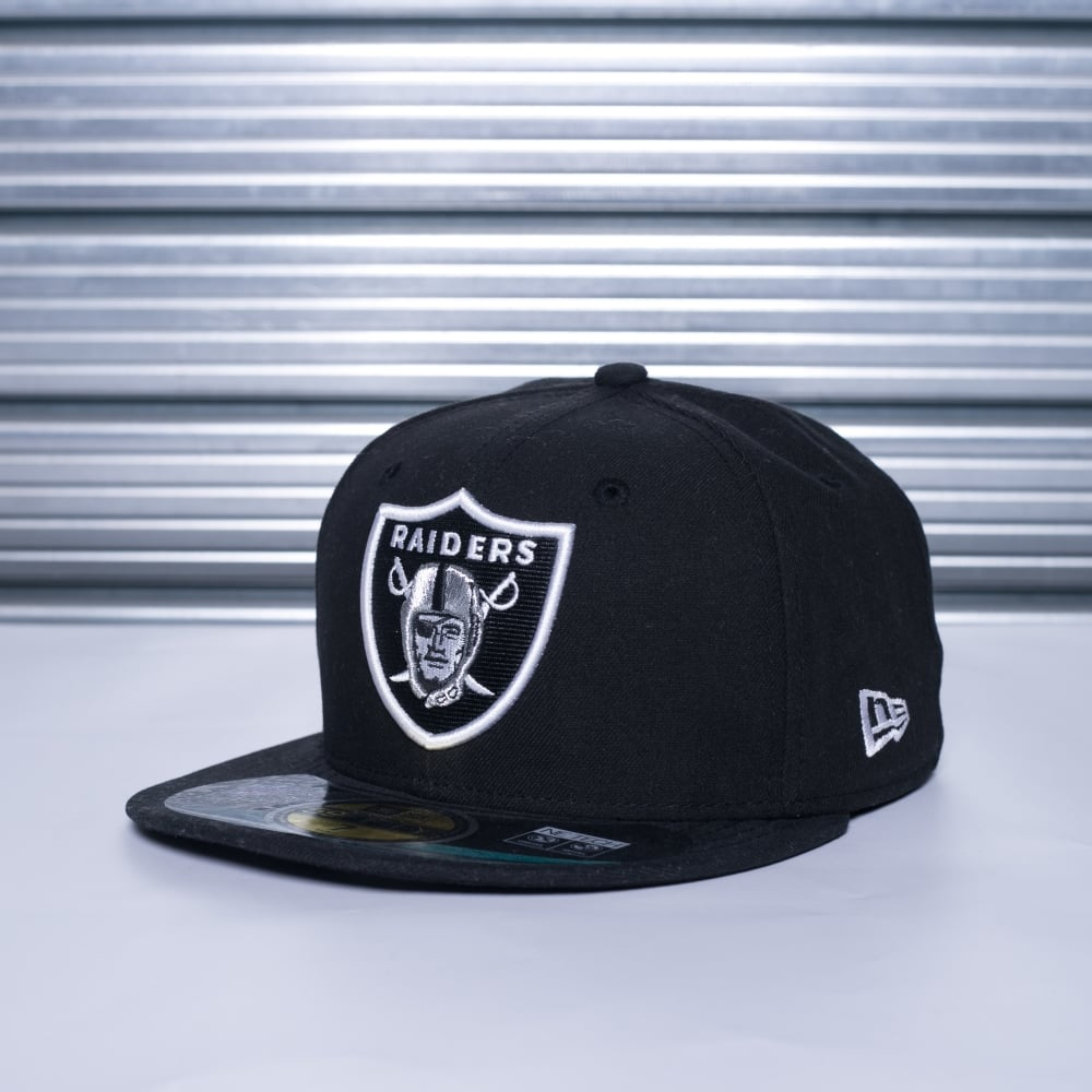 brand new d6e26 9d401 NFL Oakland Raiders On Field 59Fifty Cap