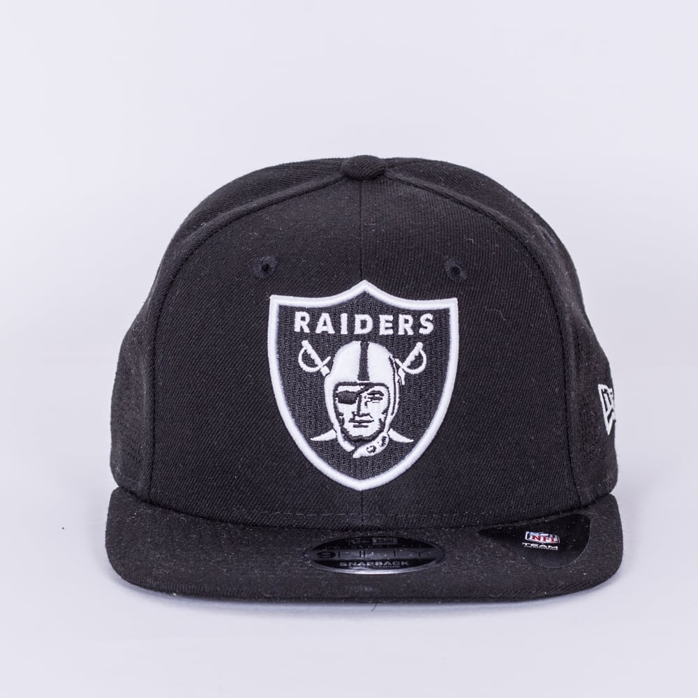 8849a73b960 New Era NFL Oakland Raiders Side Performance 9Fifty Snapback Cap ...