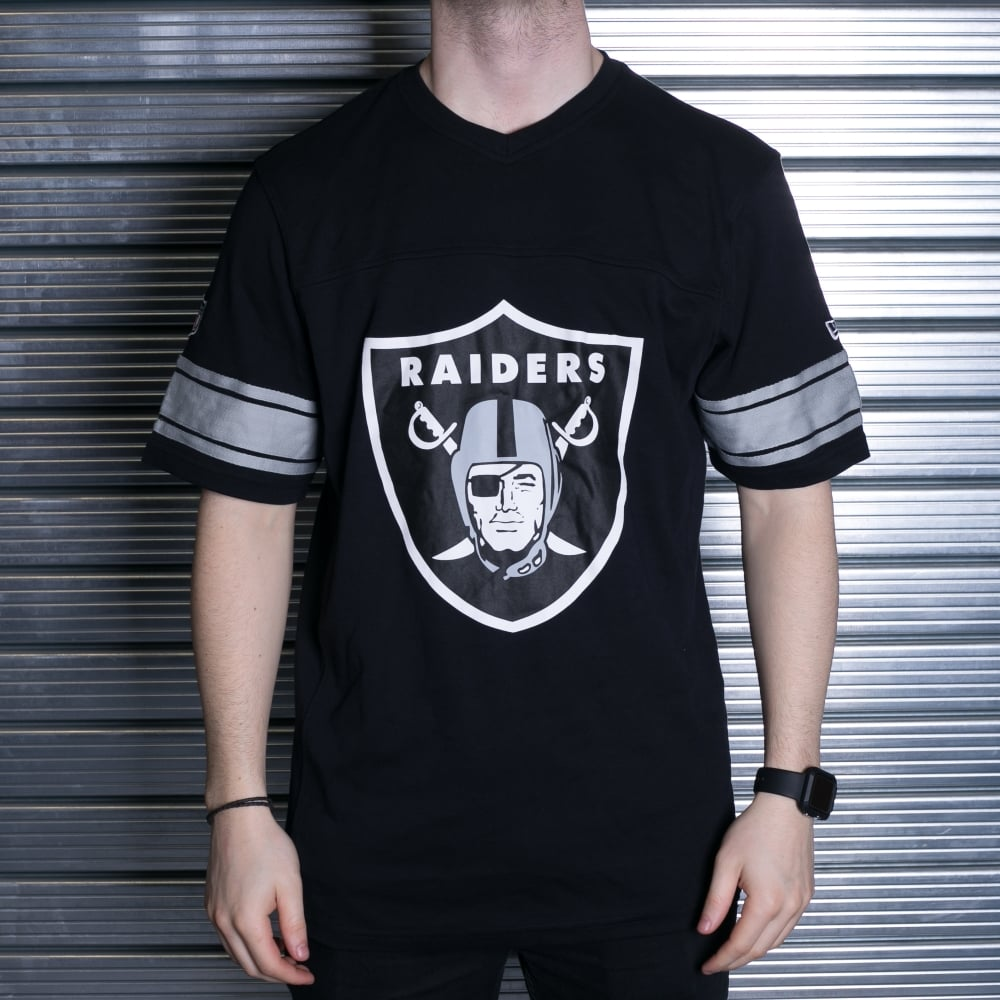 New Era NFL Oakland Raiders V Neck T-Shirt - Teams from USA Sports UK 51a4d8c56