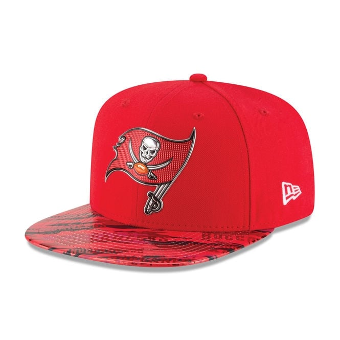 New Era NFL Tampa Bay Buccaneers 9Fifty Colour Rush On Field Original Fit Snapback Cap