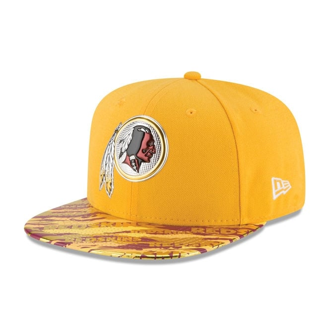 New Era NFL Washington Redskins 9Fifty Colour Rush On Field Original Fit Snapback Cap