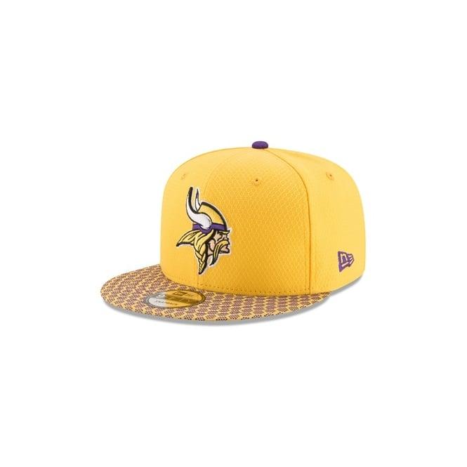 timeless design 16167 012ac NFL Minnesota Vikings 2017 Sideline 9Fifty Snapback Cap
