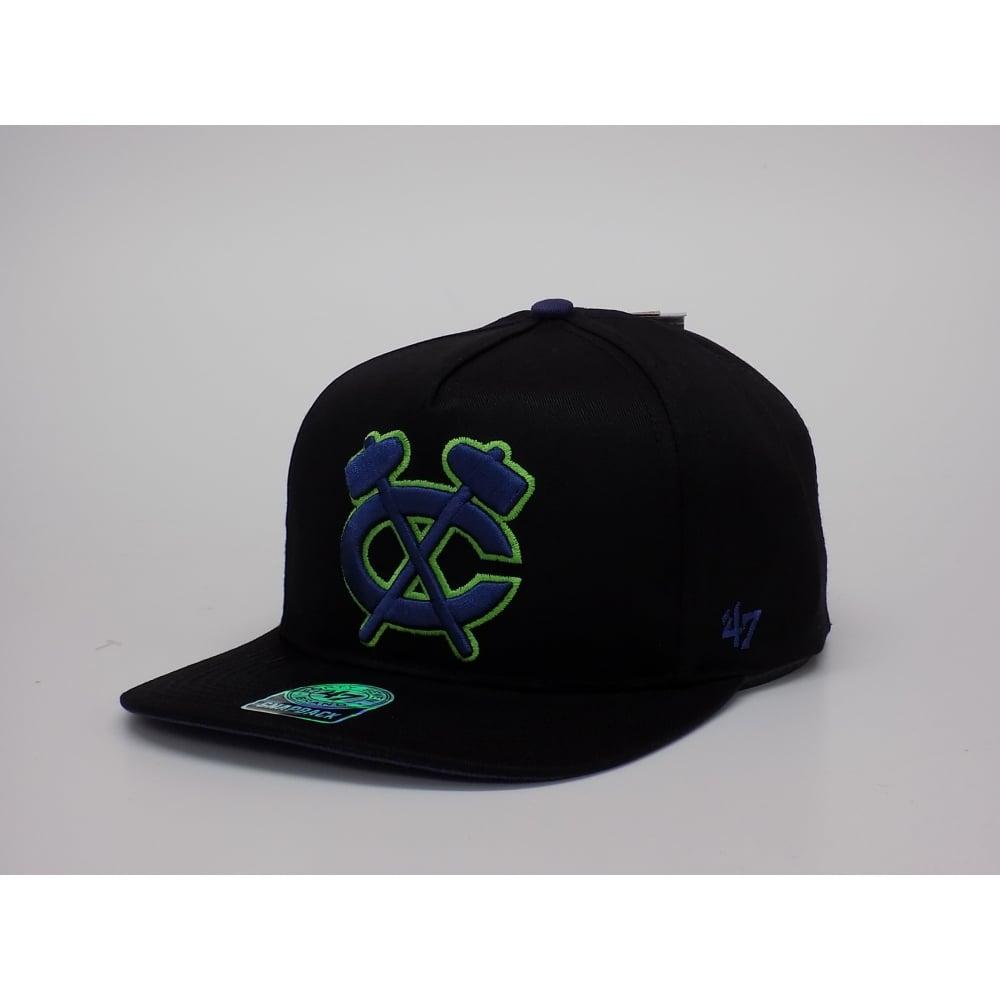 7242ddb65d3 47 NHL Chicago Blackhawks 47  Snapback Cap - Headwear from USA Sports UK